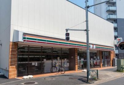 セブンイレブン 大田区山王春日橋店の画像1