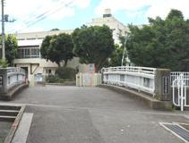 横浜市舞岡中学校