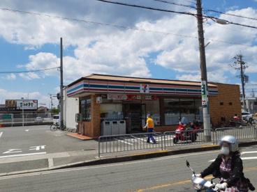 セブン-イレブン 高槻大冠町店の画像1