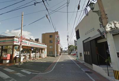 セブンイレブン 竹下店の画像1