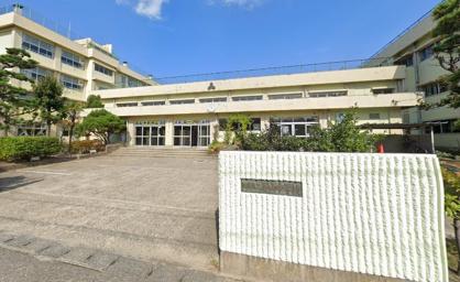 新潟市立石山中学校の画像1