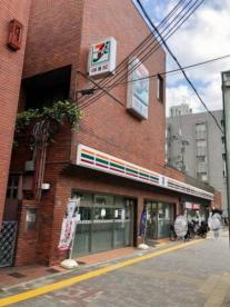 セブンイレブン京都西大路御池店の画像1