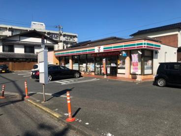 セブンイレブン 小倉曽根中学校前店の画像1