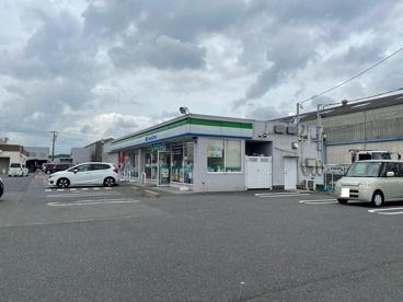 ファミリーマート 四日市おごそ東店の画像1
