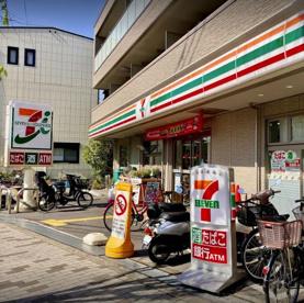 セブンイレブン 大阪狭山市駅前店の画像1
