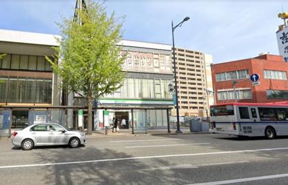 ファミリーマート 新潟万代四丁目店の画像1