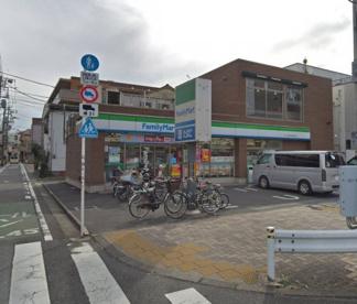 ファミリーマート 野口萩中環八通り店の画像1