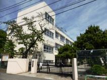 世田谷区立尾山台中学校
