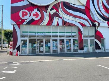 ファミリーマート キング観光鈴鹿店の画像1
