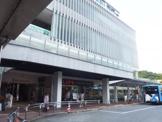 ライフ ココネリ練馬駅前店