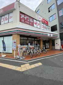 セブンイレブン 大阪東三国駅北口店の画像1