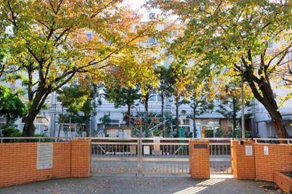 足立区立蒲原中学校の画像1