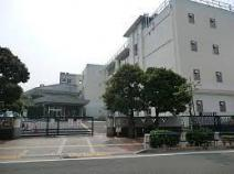 世田谷区立梅丘中学校