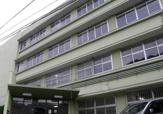 神戸市立雲雀丘中学校
