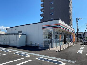 セブンイレブン高知神田川橋店の画像1