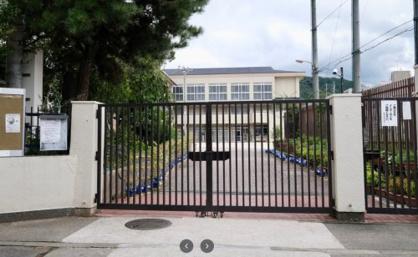 京都市立稲荷小学校の画像1