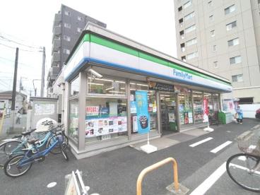 ファミリーマート 本千葉駅東口店の画像1