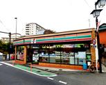 セブンイレブン 横須賀逸見店