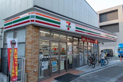 セブンイレブン 地下鉄今里駅前店の画像1