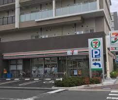 セブンイレブン 大阪中道4丁目店の画像1