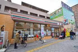 セブンイレブン 大阪鶴橋駅西店の画像1