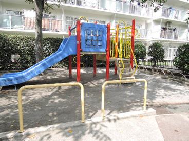 荒川区立 西尾久四丁目南児童遊園の画像1