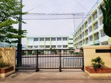 葛飾区立新宿小学校の画像1