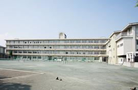 高崎市立塚沢中学校の画像1