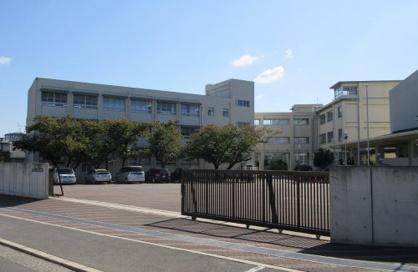 堺市立上野芝中学校の画像1