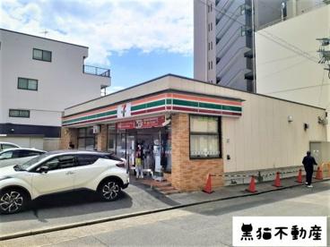 セブン-イレブン 名古屋金山4丁目店の画像1