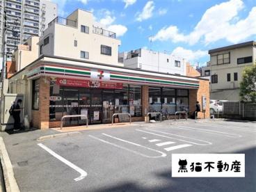 セブン-イレブン 名古屋春岡1丁目店の画像1
