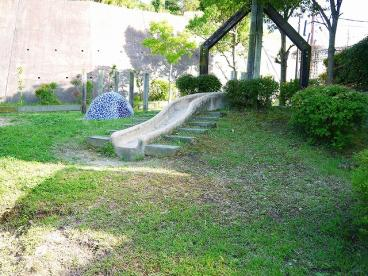 富雄川西二丁目街区公園の画像2