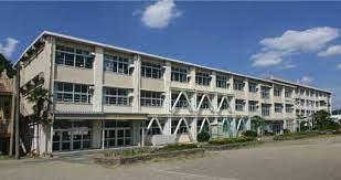 岐阜市立三輪中学校の画像1
