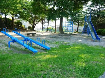 富雄北三丁目街区公園の画像1