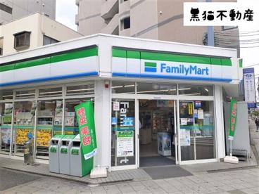 ファミリーマート 新栄一丁目店の画像1