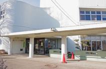 太田市立新田図書館