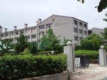 三田西陵高校の画像1