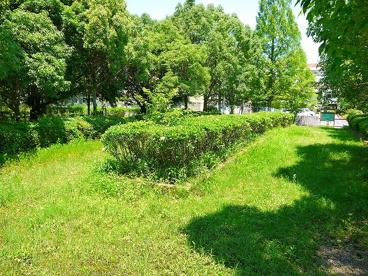 学園赤松町緑地の画像2