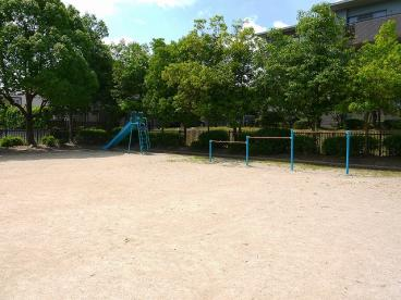 西登美ケ丘二丁目第3号街区公園の画像3