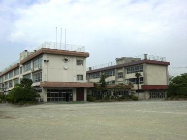 甲府市立 山城小学校の画像1