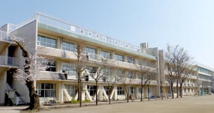 府中市立府中第四中学校の画像1