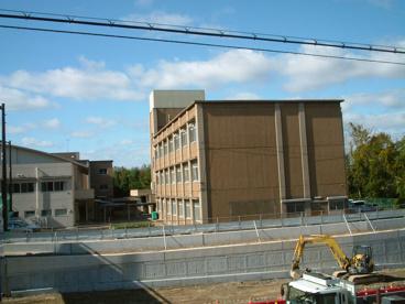 平野小学校の画像1
