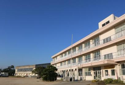 華浦小学校の画像1