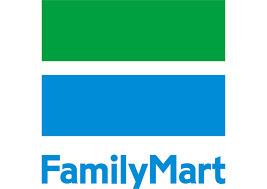 ファミリーマート 十三塚本店の画像1