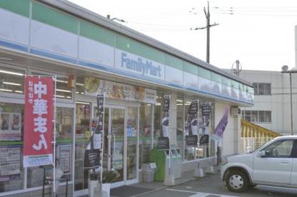 ファミリーマート熊野川角店の画像1