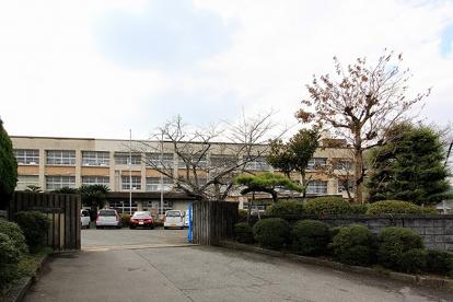 直方市立新入小学校の画像1