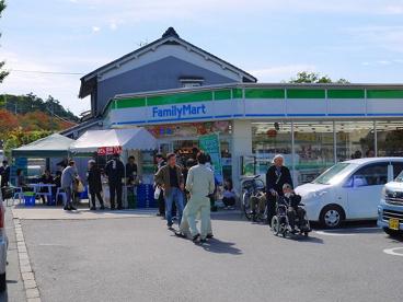 ファミリーマート 大西天理東店の画像2