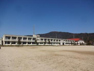 牟礼南小学校の画像1