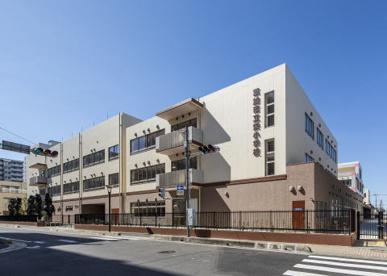 草加市立栄小学校の画像1