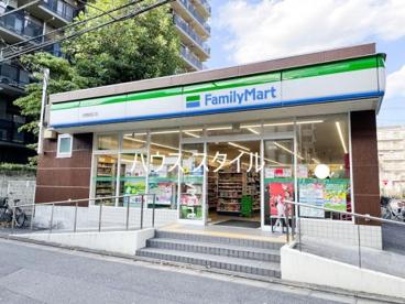 ファミリーマート 与野駅西口店の画像1